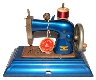 #981 Casige Toy Sewing Machine